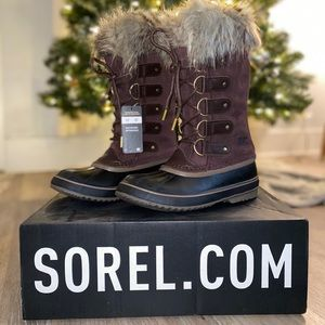 SOREL Joan of Arctic Boot Size 8 NWT